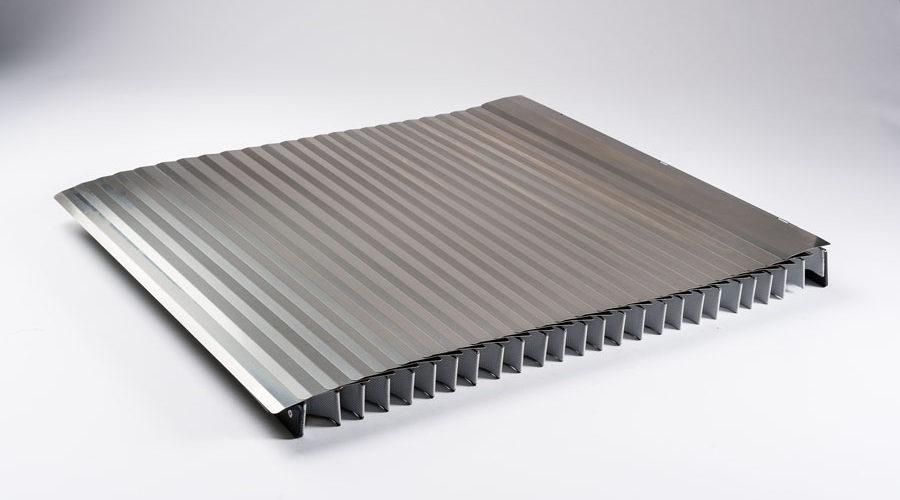 Soufflet écailles protection axe vertical